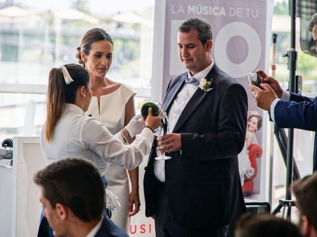 La boda de Santiago y Paloma en Sevilla, Sevilla 43