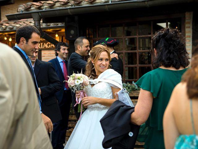 La boda de Ramón y Sonia en Vitoria-gasteiz, Álava 41