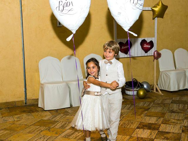 La boda de Ramón y Sonia en Vitoria-gasteiz, Álava 60