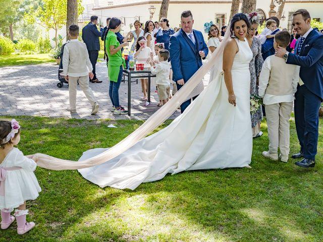 La boda de Ángel y Bárbara en Jaén, Jaén 39