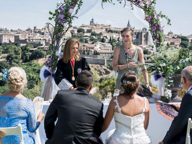 La boda de Carlos y Laura en Toledo, Toledo 22