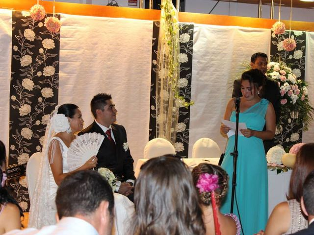 La boda de Toro  y Marié en Grao de Castellón, Valencia 8