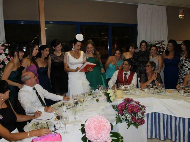 La boda de Toro  y Marié en Grao de Castellón, Valencia 10