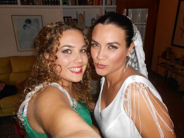 La boda de Toro  y Marié en Grao de Castellón, Valencia 13
