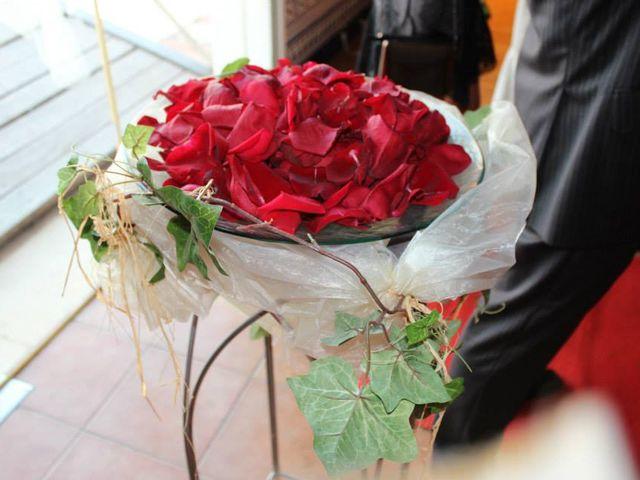 La boda de Toro  y Marié en Grao de Castellón, Valencia 16