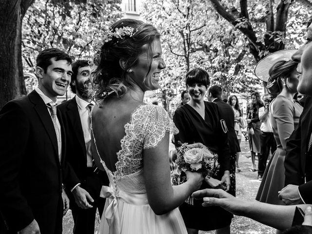 La boda de Álvaro y Idoia en Donostia-San Sebastián, Guipúzcoa 14