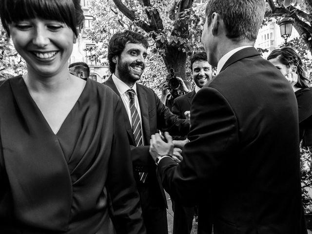 La boda de Álvaro y Idoia en Donostia-San Sebastián, Guipúzcoa 15