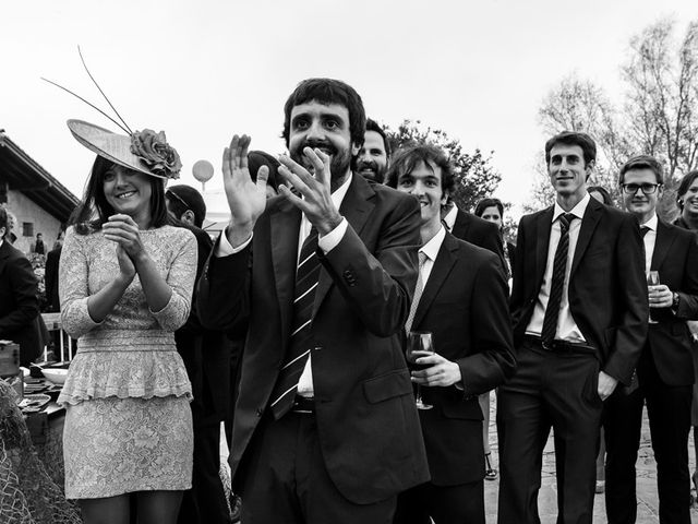 La boda de Álvaro y Idoia en Donostia-San Sebastián, Guipúzcoa 24