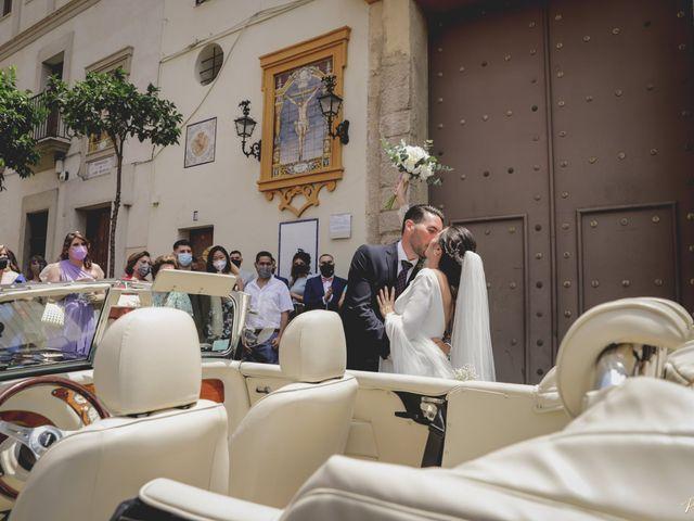La boda de Lydia y José Luis en Sevilla, Sevilla 10