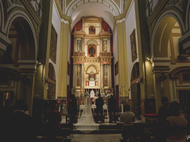 La boda de Lydia y José Luis en Sevilla, Sevilla 13