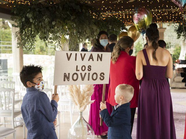 La boda de Luis y Tati en Boiro (Boiro), A Coruña 31