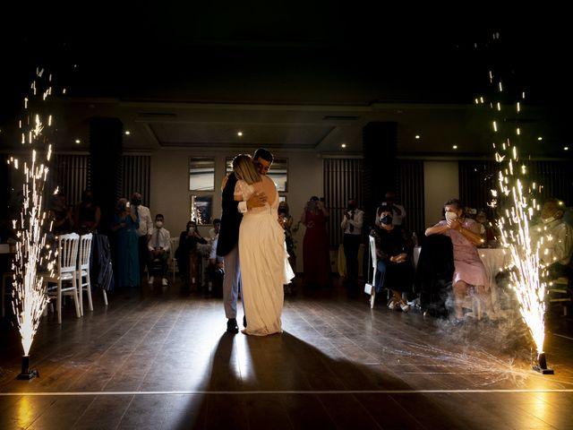 La boda de Luis y Tati en Boiro (Boiro), A Coruña 51