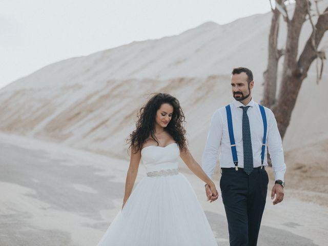 La boda de Jordi y Isa en Torre Del Mar, Málaga 111