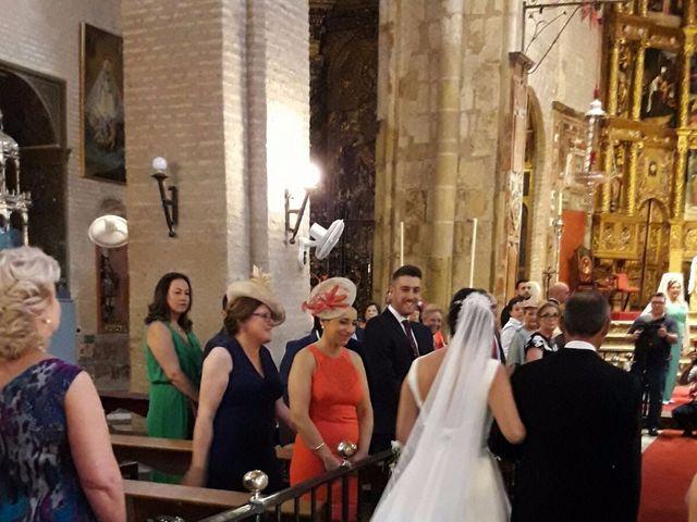La boda de Agustin y Almudena en Sevilla, Sevilla 12