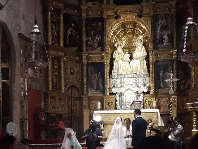 La boda de Agustin y Almudena en Sevilla, Sevilla 32
