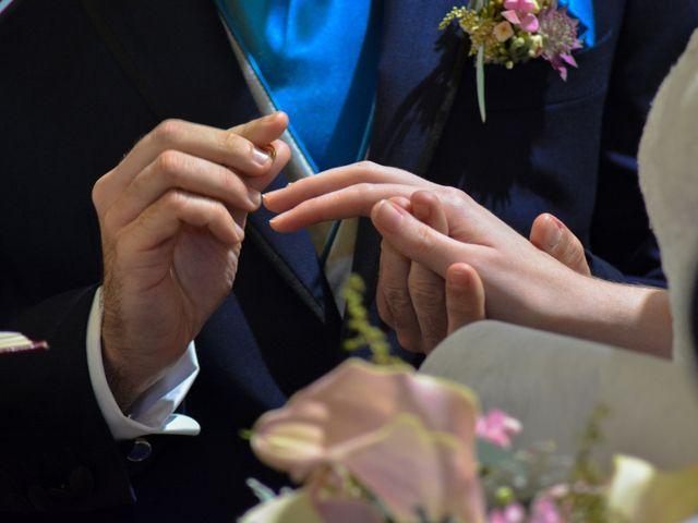 La boda de Carlos y Mari Carmen en Madrid, Madrid 17