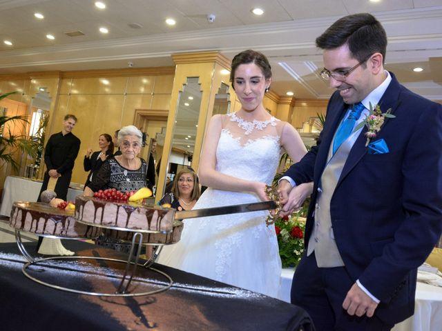 La boda de Carlos y Mari Carmen en Madrid, Madrid 28
