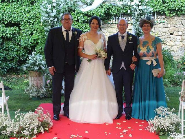 La boda de Juan Jesús  y Adriana  en Oviedo, Asturias 4