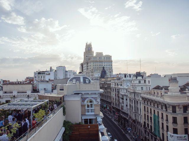La boda de Antonio y Suzi en Madrid, Madrid 1