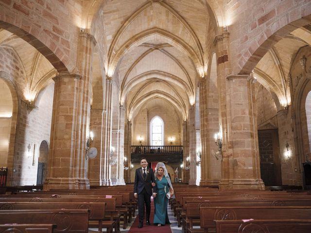 La boda de Almudena y Alejandro en Linares, Jaén 26