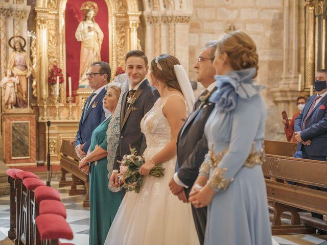 La boda de Almudena y Alejandro en Linares, Jaén 28