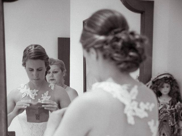 La boda de Manuel y Jenifer en Valdelacalzada, Badajoz 2