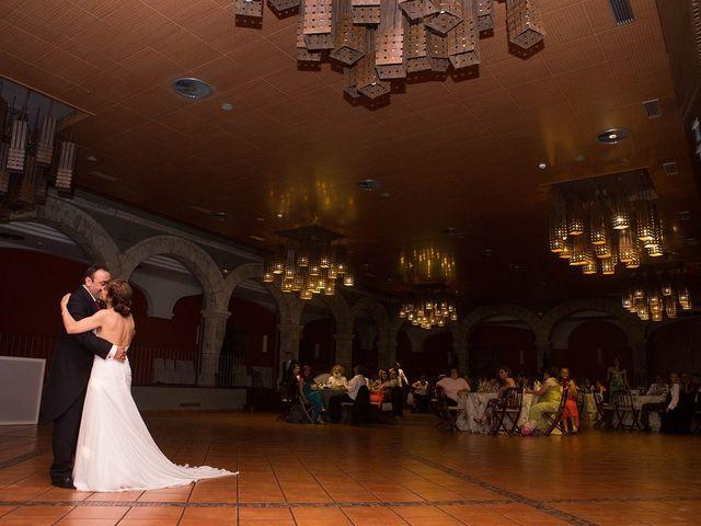 La boda de Javier y Loli en Madrid, Madrid 26
