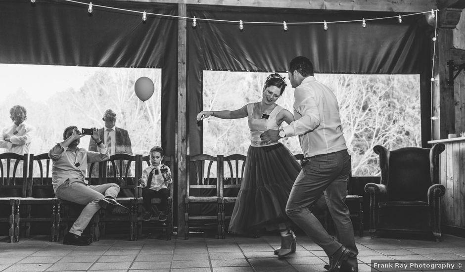 La boda de Cristian y Ana en Valdelavilla, Soria