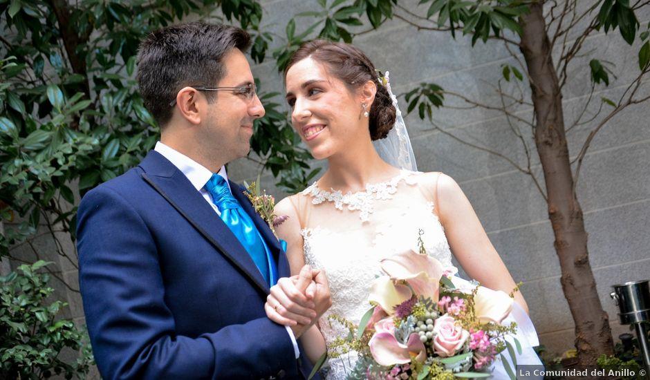 La boda de Carlos y Mari Carmen en Madrid, Madrid