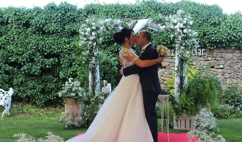 La boda de Juan Jesús  y Adriana  en Oviedo, Asturias