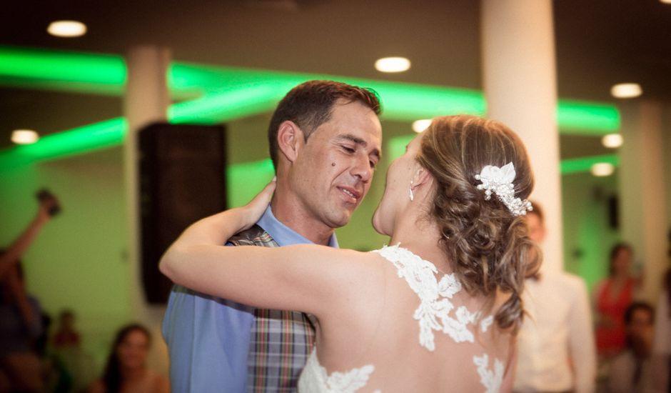 La boda de Manuel y Jenifer en Valdelacalzada, Badajoz