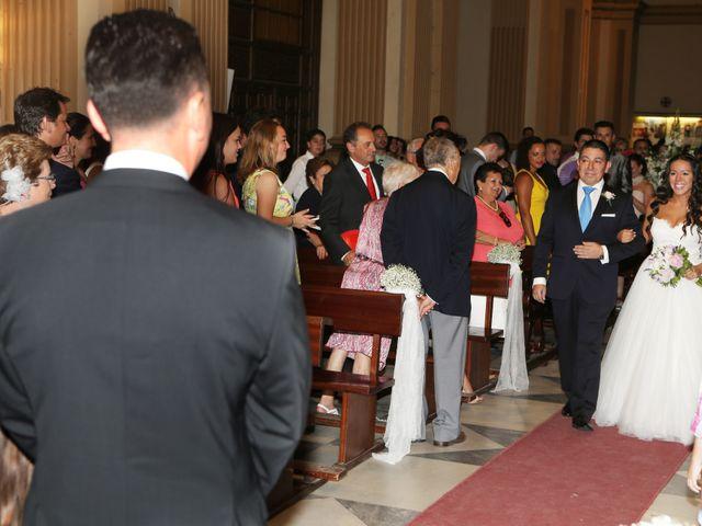 La boda de Miguel y Cristina en Dos Hermanas, Sevilla 14