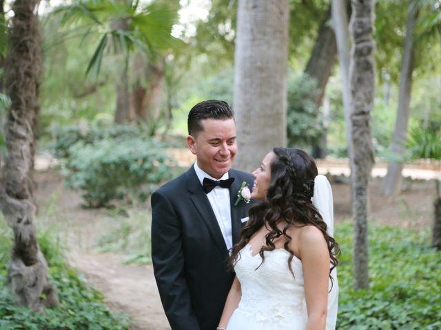 La boda de Miguel y Cristina en Dos Hermanas, Sevilla 25