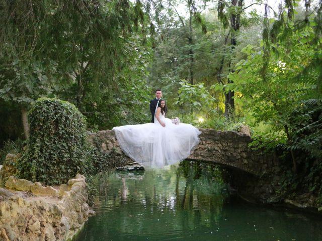 La boda de Miguel y Cristina en Dos Hermanas, Sevilla 30