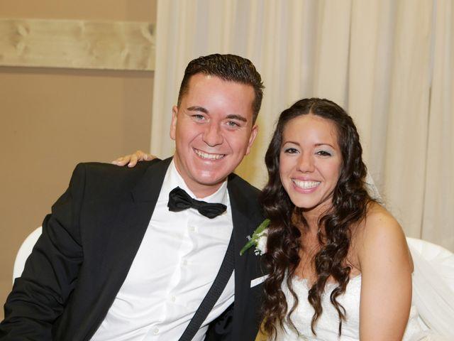 La boda de Miguel y Cristina en Dos Hermanas, Sevilla 33