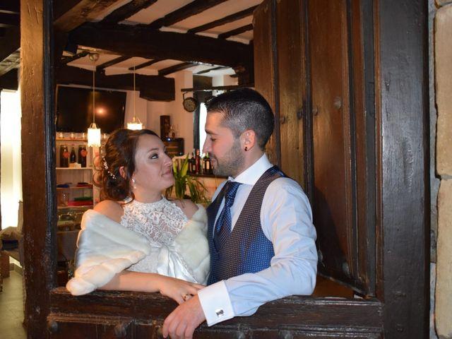 La boda de Rubén y Lorena en Hoz De Anero, Cantabria 10