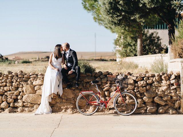 La boda de Diego  y Cris en Valladolid, Valladolid 52