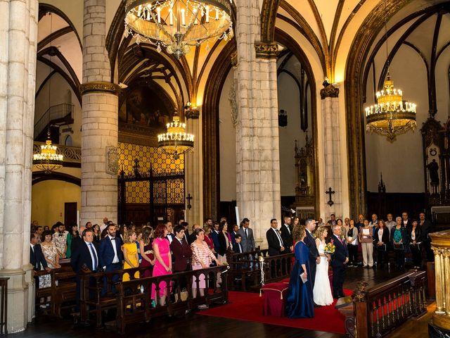 La boda de David y Idoia en Vitoria-gasteiz, Álava 24