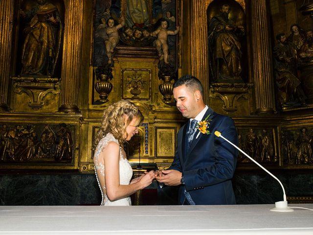 La boda de David y Idoia en Vitoria-gasteiz, Álava 27