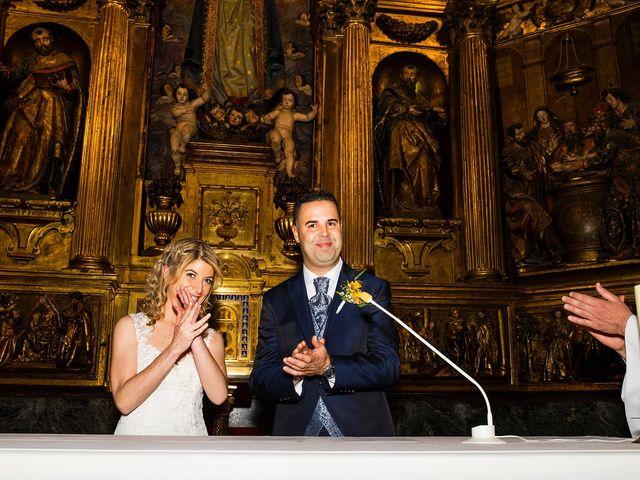 La boda de David y Idoia en Vitoria-gasteiz, Álava 32