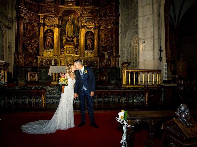 La boda de David y Idoia en Vitoria-gasteiz, Álava 35