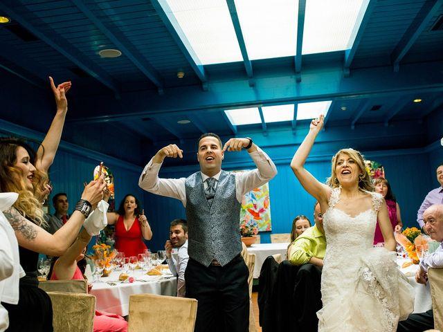 La boda de David y Idoia en Vitoria-gasteiz, Álava 60