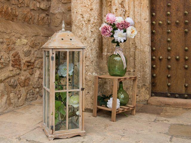 La boda de Josemi y Nerea en Casas De Los Pinos, Cuenca 17