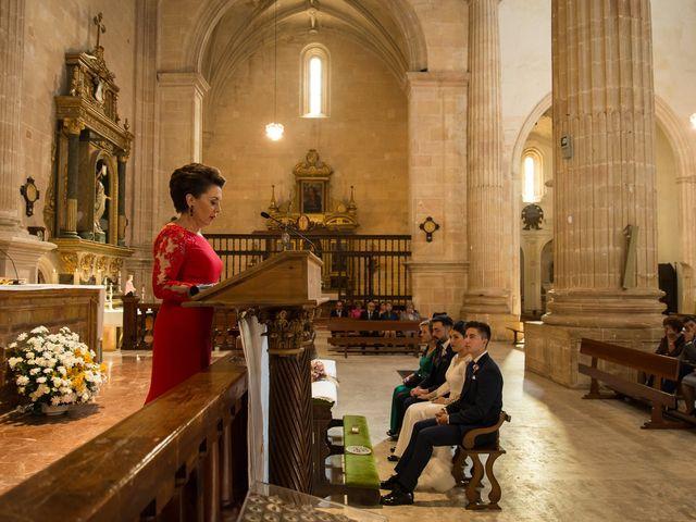 La boda de Josemi y Nerea en Casas De Los Pinos, Cuenca 20