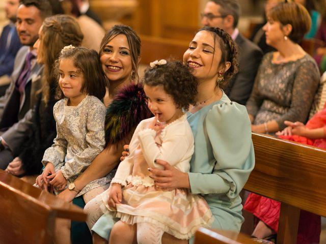 La boda de Josemi y Nerea en Casas De Los Pinos, Cuenca 21