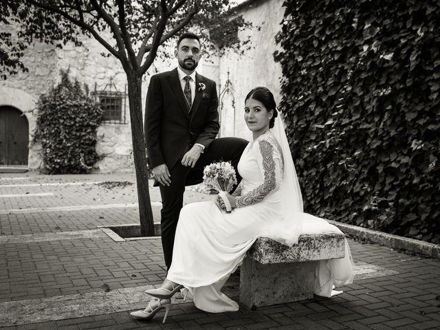 La boda de Josemi y Nerea en Casas De Los Pinos, Cuenca 26