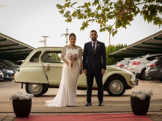 La boda de Josemi y Nerea en Casas De Los Pinos, Cuenca 29