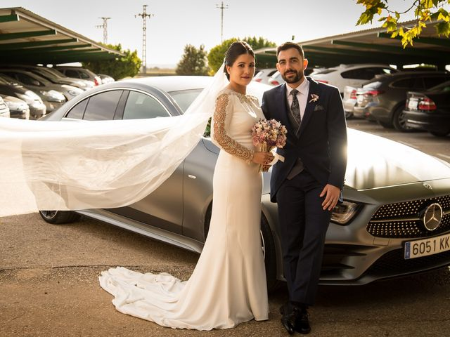 La boda de Josemi y Nerea en Casas De Los Pinos, Cuenca 2
