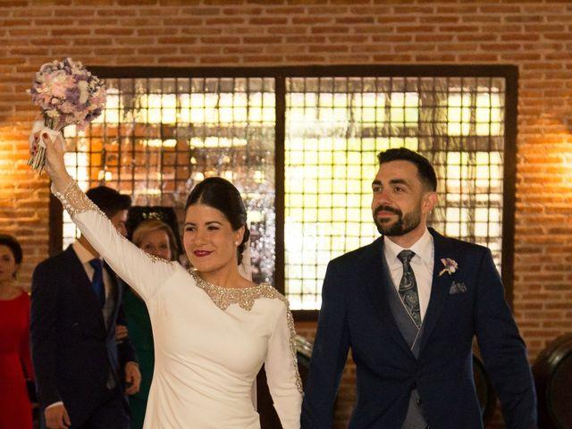 La boda de Josemi y Nerea en Casas De Los Pinos, Cuenca 31