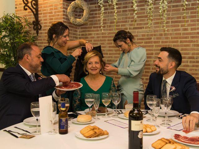 La boda de Josemi y Nerea en Casas De Los Pinos, Cuenca 32